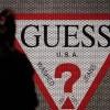 牛仔品牌Guess遭欧盟重磅罚款 盘后股价暴跌15%