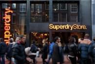 潮牌死于太热 英国品牌Superdry要关店裁员 股价今天狂跌35%